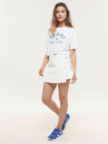 חצאית מעטפת מיני עם סוגר קליפס