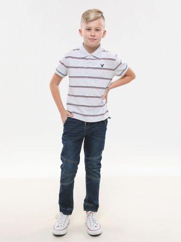 ג'ינס עם ווש ותפרים בולטים