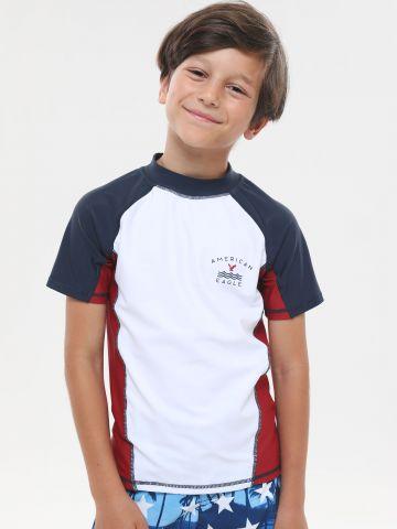 חולצת גלישה קולור בלוק עם לוגו