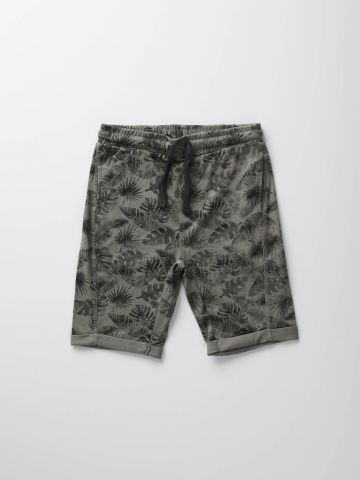 מכנסי ברמודה בהדפס עלים / בנים