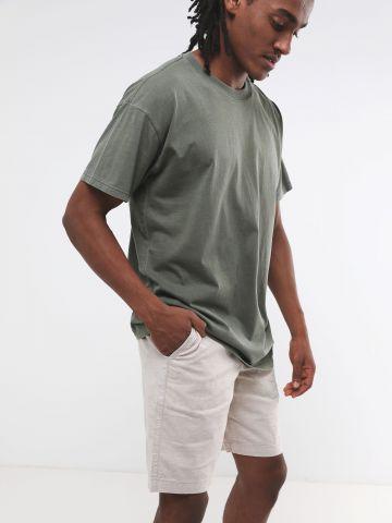 מכנסי פשתן קצרים
