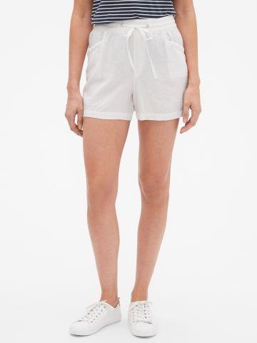 מכנסי פשתן קצרים / נשים
