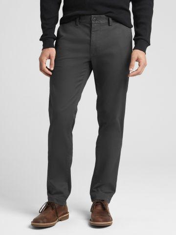 מכנסיים ארוכים בגזרת סלים