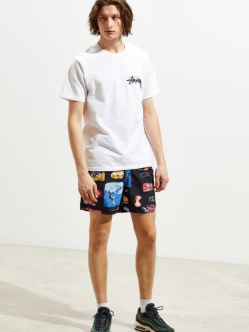 מכנסי בגד ים קצרים עם הדפסים צבעוניים UO