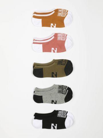 מארז 5 זוגות גרביים נמוכים עם הדפס לוגו / גברים