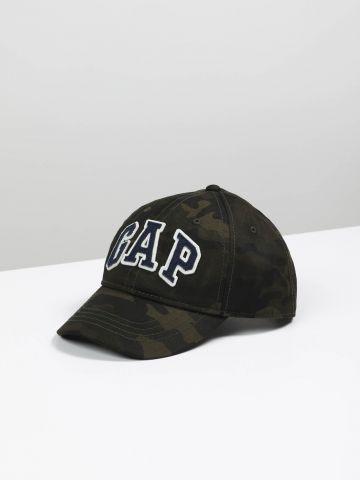 כובע קמופלאז' עם פאץ לוגו / בנים