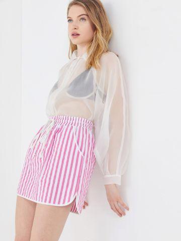 חצאית מיני בהדפס פסים UO