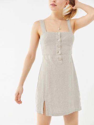 שמלת מיני פשתן עם כפתורים UO