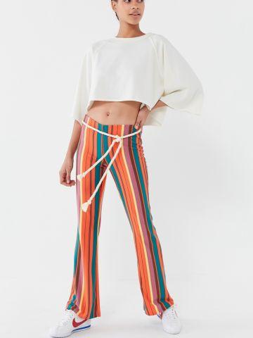 מכנסיים מתרחבים בהדפס פסים UO