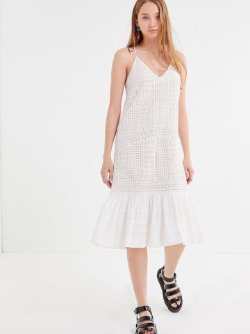 שמלת  מידי עם רקמה וסיומת מלמלה UO