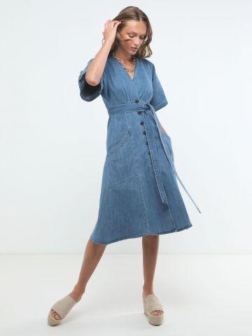 שמלת ג'ינס מידי עם כפתורים