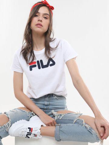 טי שירט בייסיק עם לוגו של FILA