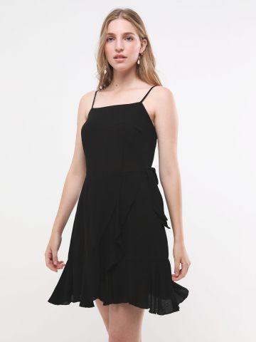 שמלת מיני פפלום עם חגורת קשירה של GLAMOROUS