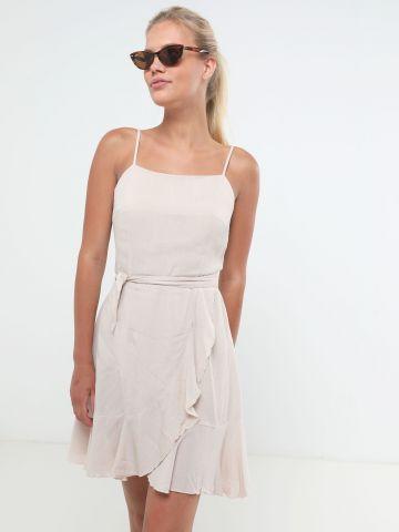 שמלת מיני פפלום עם חגורת קשירה