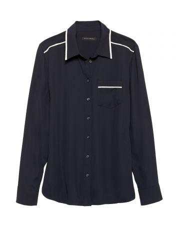 חולצה מכופתרת עם פס דקורטיבי / נשים