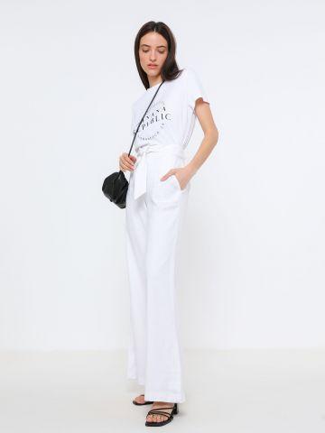 מכנסי פשתן בגזרה גבוהה עם חגורת קשירה