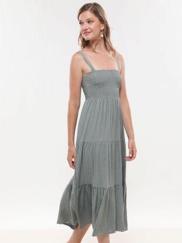 שמלת מקסי קומות עם כיווצים