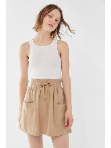 חצאית מיני עם כיסים UO