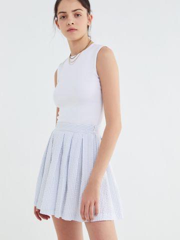 חצאית קפלים מיני בהדפס פסים UO