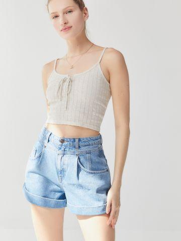 ג'ינס קצרים עם תיפורים דקורטיביים BDG