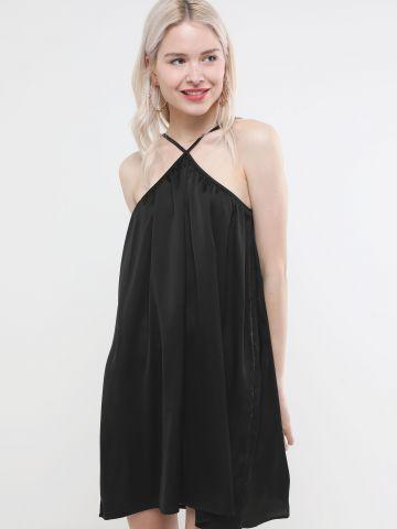 שמלת סאטן מיני עם כתפיות איקס