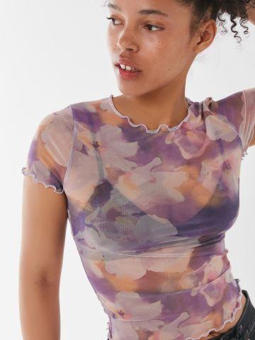 חולצת רשת קרופ בהדפס פרחים עם שוליים גליים UO