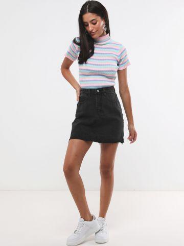חצאית ג'ינס מיני עם סיומת גזורה