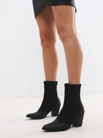 מגפיים עם פאנלים דמוי עור