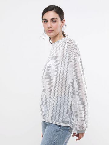 חולצת אוברסייז בהדפס פסים