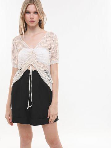 חולצת רשת עם שרוכי כיווץ של YANGA