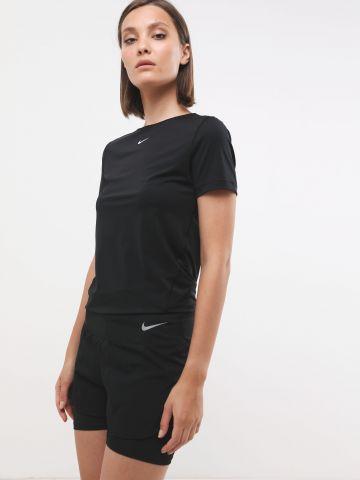 מכנסי ריצה קצרים עם טייץ פנימי והדפס לוגו