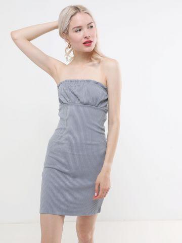 שמלת סטרפלס מיני בטקסטורת ריב
