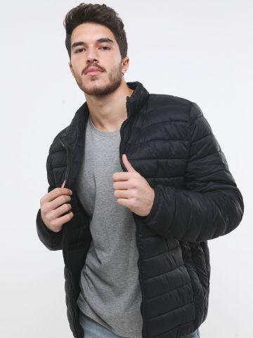 מעיל קווילט עם צווארון גבוה
