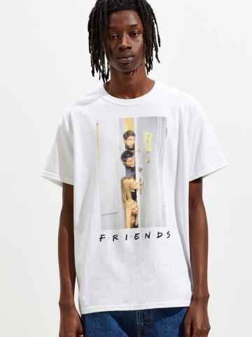 טי שירט עם הדפס Friends UO של URBAN OUTFITTERS