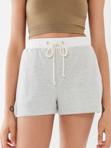 מכנסיים קצרים עם גומי מודגש Out From Under