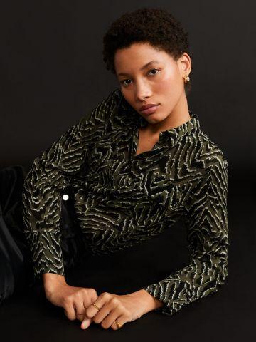 חולצה מכופתרת בהדפס חברבורות / נשים
