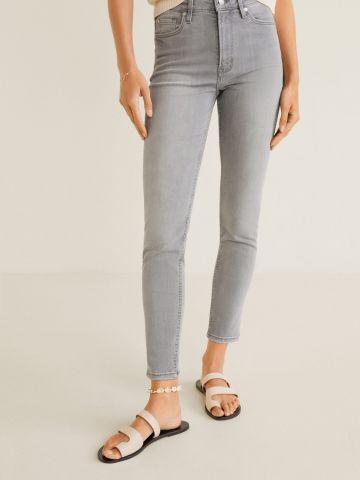 ג'ינס סקיני בגזרה גבוהה