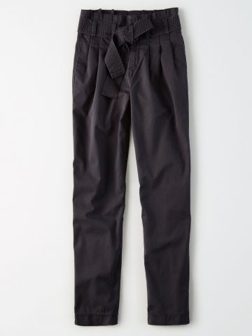 מכנסי פייפרבאג עם קשירה / נשים