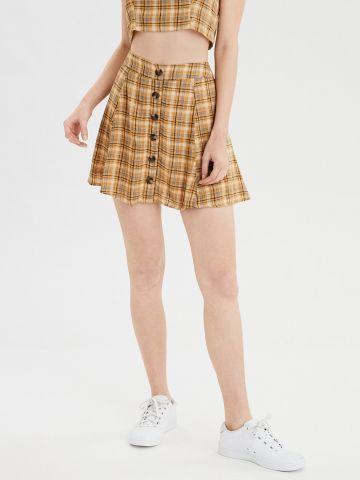 חצאית מיני פשתן בהדפס משבצות עם כפתורים