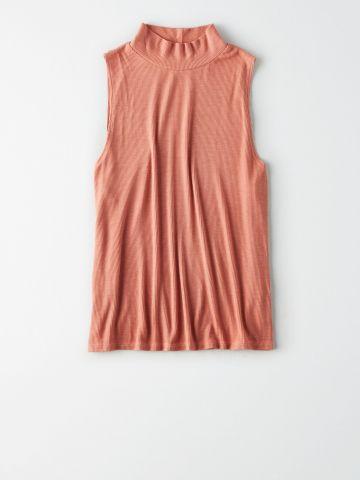 חולצת ריב עם צווארון גבוה / נשים