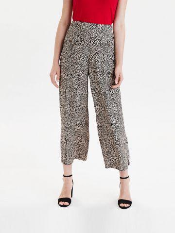 מכנסיים בגזרה רחבה בהדפס מנומר
