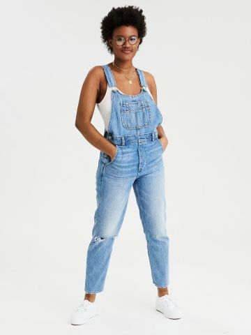 אוברול ג'ינס בשטיפה בהירה