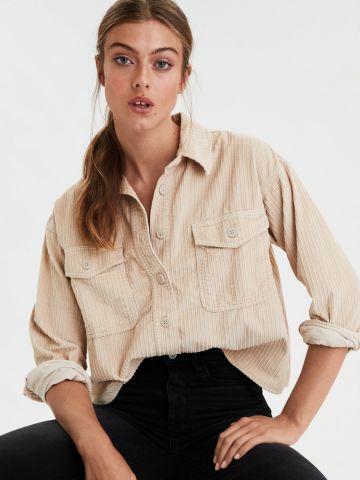 חולצת קורדרוי קרופ עם כפתורים