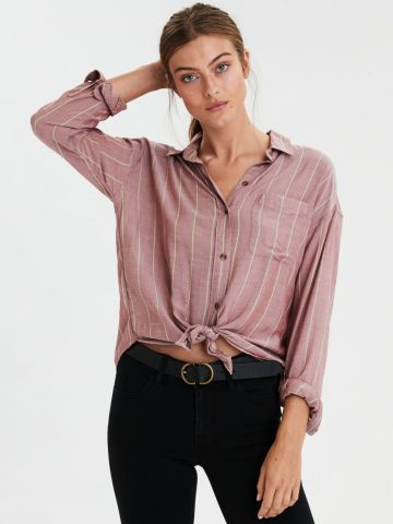 חולצת פסים מכופתרת עם קשירה