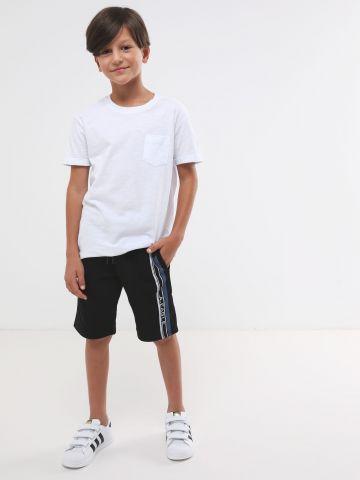 מכנסי טרנינג עם סטריפ לוגו
