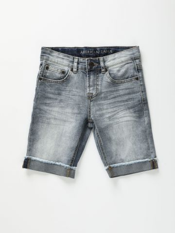 ג'ינס קצר בשטיפה בהירה עם קיפול בסיומת / בנים