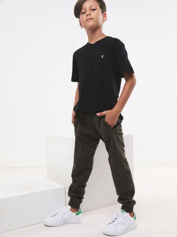 מכנסי טרנינג ארוכים מלאנז' עם גומי לוגו