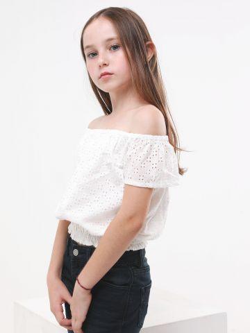 חולצת אוף שולדרס בדוגמת רקמה