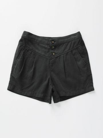 מכנסיים קצרים עם כפתורים / בנות