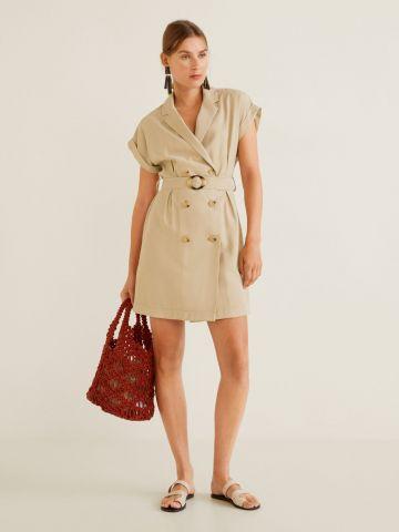 שמלת מיני עם כפתורים וחגורה